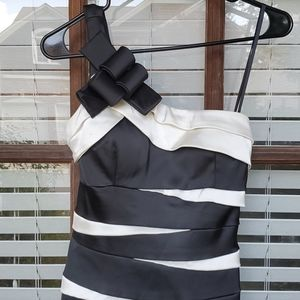 BETSY & ADAM Black And White Cocktail Lined Dress